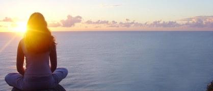 Girl-Meditating-At-Beach-Sunset-HD-Wallpapers.jpg